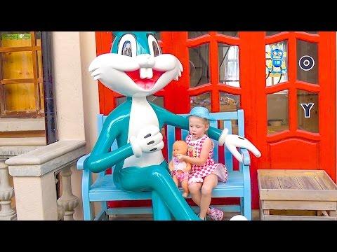 Влог Настя едет в супер парк развлечений для детей Видео для детей Funny Video vlog for kids