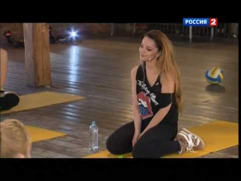 Теона Дольникова в программе «Все включено»