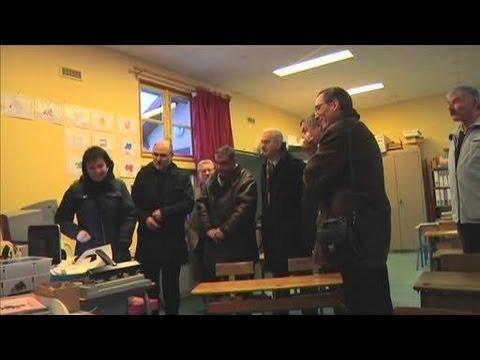 Internet haut-débit par satellite à l'école (Rouilly-Sacey)
