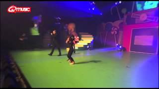 De Foute Party 2012 2 Fabiola Lift U Up