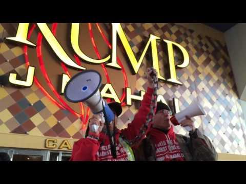 Trump Taj Mahal hotel and casino officially closes