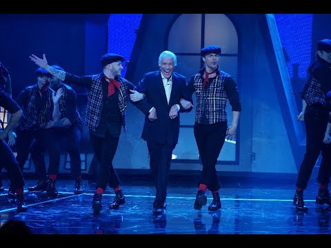 Mary Poppins  Step In Time featuring Dick Van Dyke