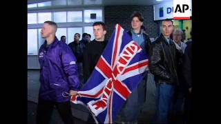 IRELAND: DUBLIN: ENGLISH SOCCER HOOLIGANS ON RAMPAGE
