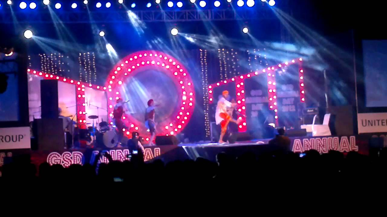 UHG Noida Performing in GSD Annual Day 2012 - YouTube