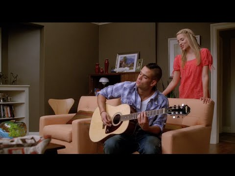 GLEE - Papa Don't Preach (Full Performance) HD