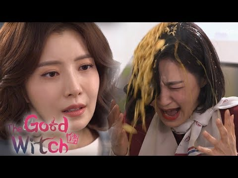 Yoon Se Ah Poured Instant Noodles On The Stewardess's Head!!! [The Good Witch Ep 1]