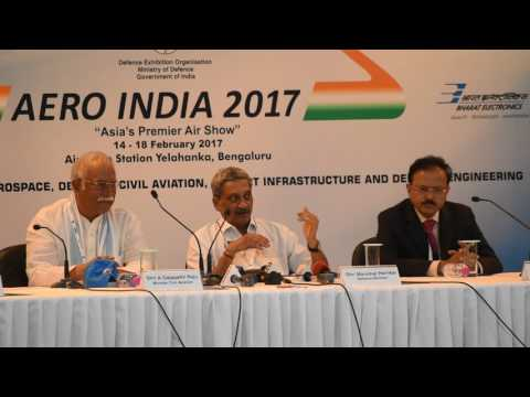 RM Parrikar Praises HAL For Timely Defence Production | Aero India-2017 | Full Press Conference