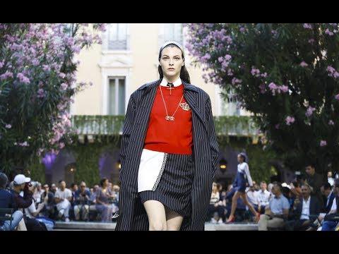 Versace | Spring Summer 2018 Full Fashion Show | Menswear