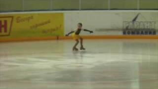 Фигурное катание, Вика,8 лет, Саранск 04.2010.m4v
