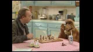 Alf - Nepovedený podvod v šachu