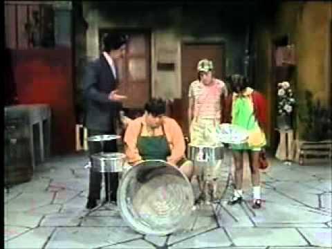 Clube do Chaves - A bandinha da vila, com o Nhonho - Episódio inédito (Espanhol)