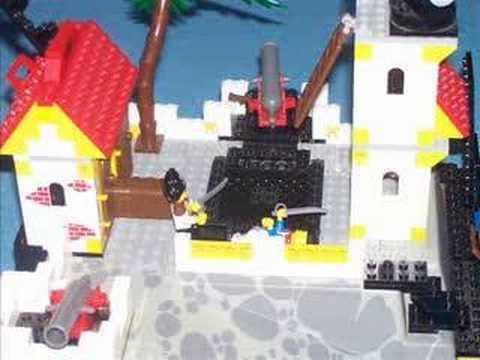 Captain Jimmy Nobeard raids a port