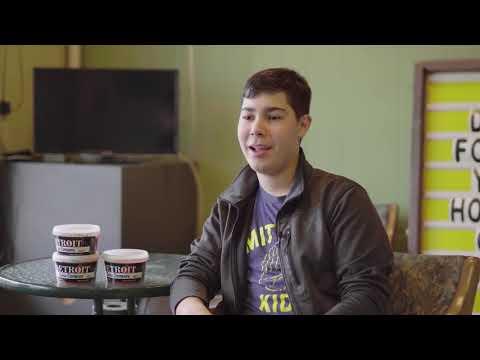 Mi vida como un músico adolescente con pérdida auditiva - Finn