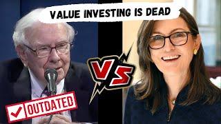Warren Buffett VS Cathie Wood of Ark Invest | Value Investing VS Technology & Innovation