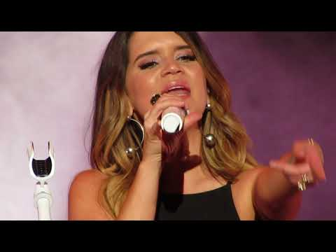 Maren Morris singing Meet Me in the Middle Live at Xfinity Center Mansfield 9/8/18