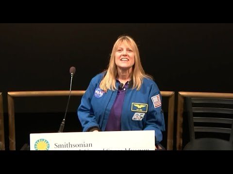 NASA Participates in Women's History STEM Event