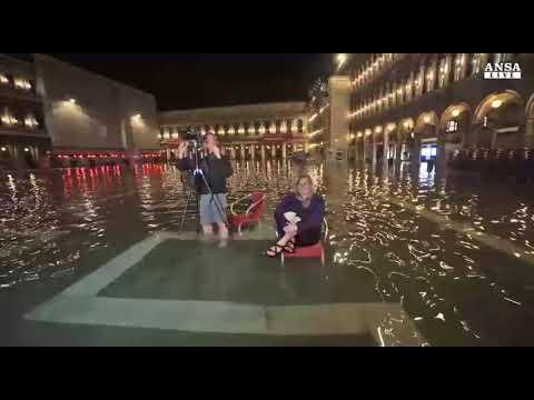Venezia, nuova punta di acqua alta
