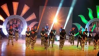 Teri mitti song dance