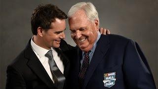 Hendrick thanks his NASCAR family in Hall of Fame speech