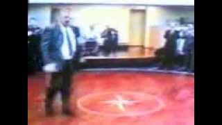 Ахмад Хаджи Кадыров(Ахмад Хаджи Кадыров - Танцует ГЕРОЙ ЧЕЧНИ!!!, 2012-12-06T18:00:59.000Z)
