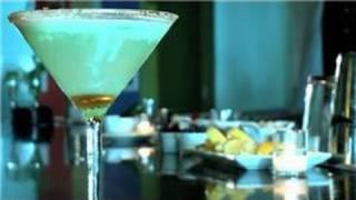 Martini Recipes : How To Mix A Kiwi Lime Pie Martini