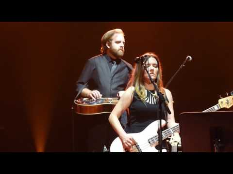 """Amos Lee LIVE """"Will The Circle Be Unbroken"""" Academy Of Music Philadelphia"""