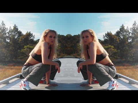 Смотреть клип Monoir & Ynga - Sienna