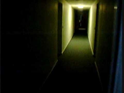 A short walk through a dark Hallway