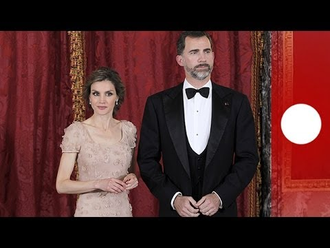 New King of Spain Felipe VI receives royal sash from predecessor Juan Carlos (recorded live feed)