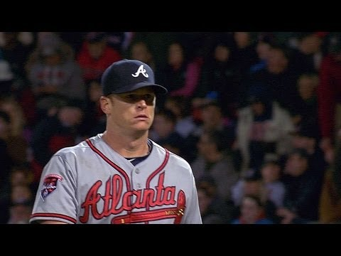 ATL@BOS: Floyd allows one earned run over five frames