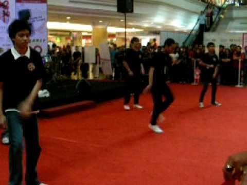 Born For Shuffle@Mall Gadong
