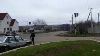ДПС порушує ПДР :)(Робота ДПС в Лисянці, Черкаська область., 2012-11-16T11:16:06.000Z)