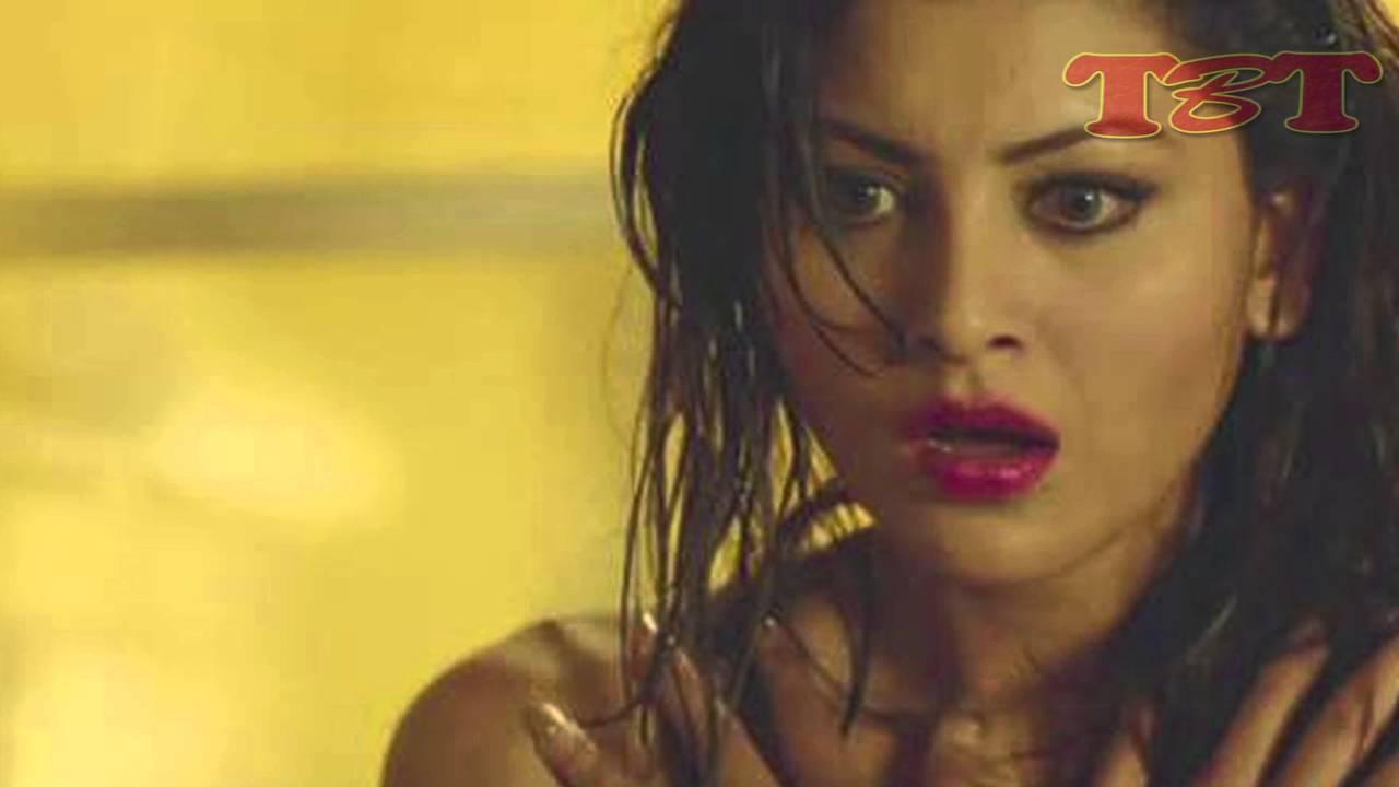 Hot bathroom pictures - Urvashi Rautela S Bathroom Shower Video Goes Viral Hot Scenes Youtube