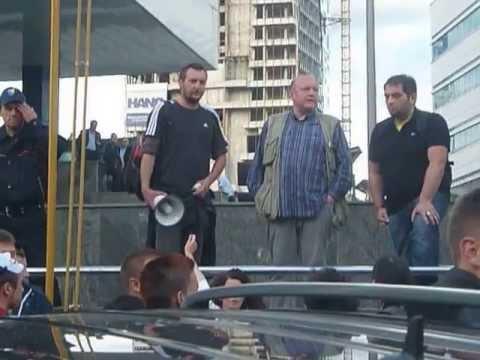PROTEST JMBG SARAJEVO 2013 LJUTE SARAJLIJE!!!