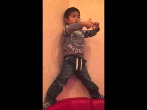 Dean dancing in karaoke kan