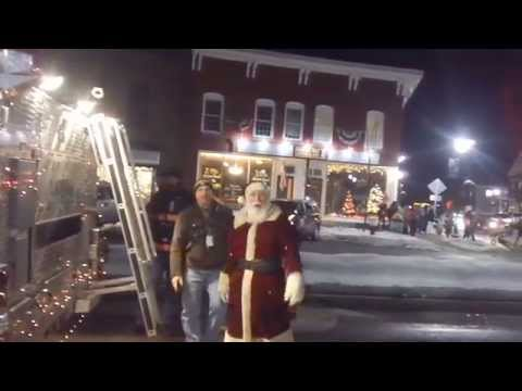 Santa Arrives In Bristol, NH