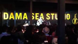 """和田唱が2011年の""""音霊""""にソロで出演した時のステージから。アルバ..."""