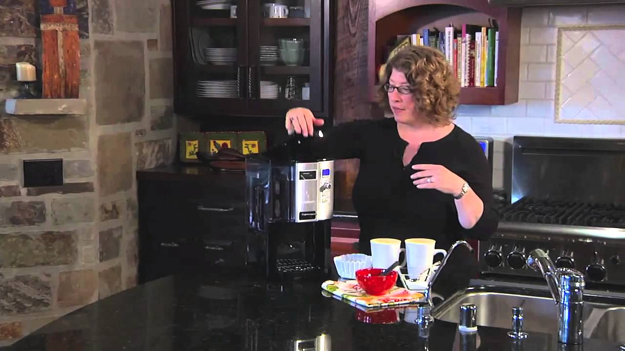 Cuisinart Coffee On Demand Programmable Coffee Maker Dcc 3000 Youtube