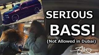 The Bass made the girl crazy - Super crazy  bass sound system in the car