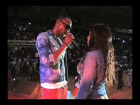 Flavour Performs