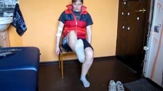Упражнения для ног сидя на стуле / Leg exercises sitting on a chair
