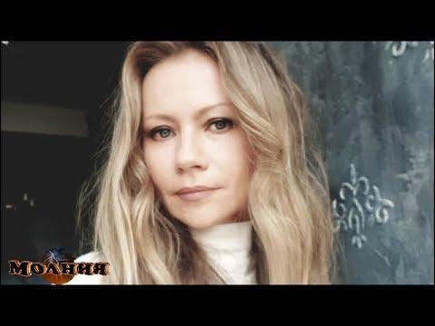 Мария Миронова прокомментировала СЛУХИ О БРАКЕ с актером, который МОЛОЖЕ нее на 20 лет