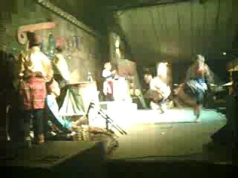tauti: kathara dancetheater collective