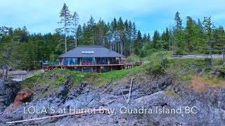 Gambar cover Spectacular vacation home on Quadra Island BC
