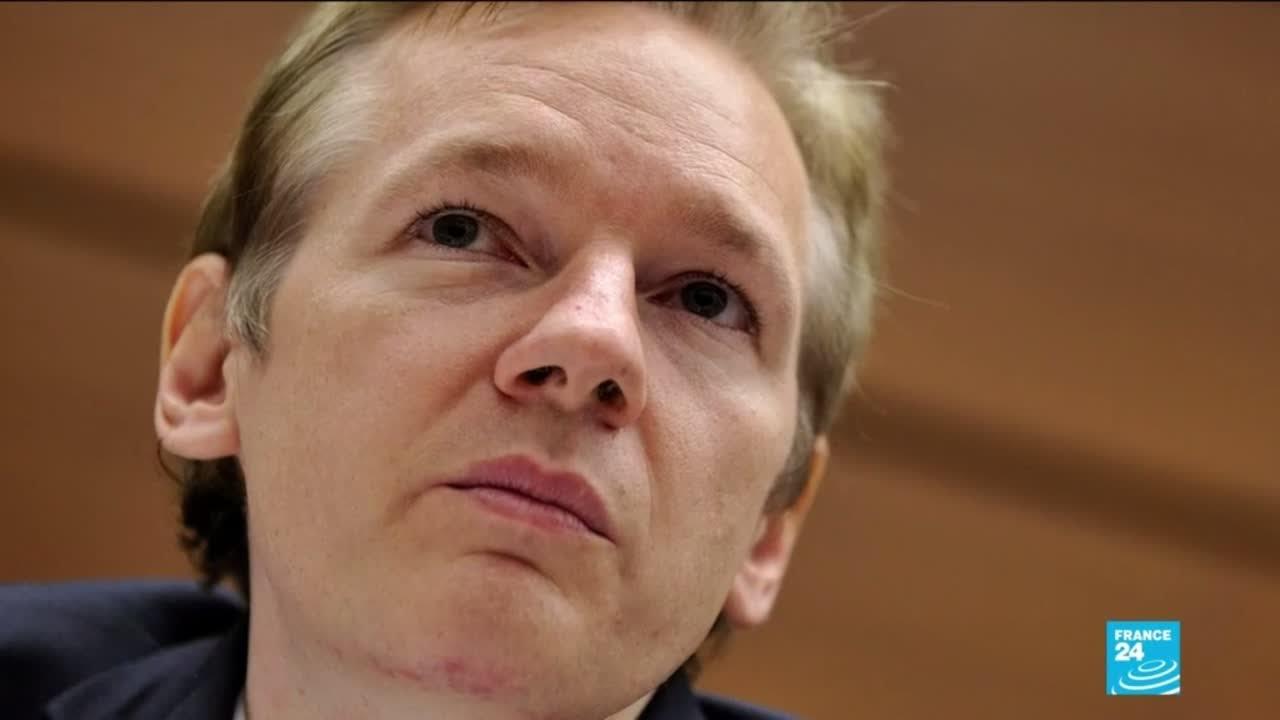 Download Affaire WikiLeaks : Julian Assange, lanceur d'alerte encensé devenu paria