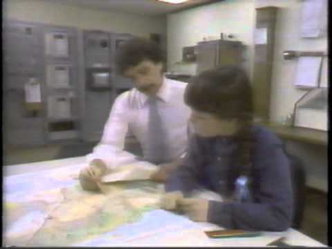 """Harriet's Magic Hats - """"The Weather Forecaster"""" (1985)"""