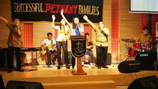 Gereja Bethany Indonesia AoE - Ada kuasa dalam pujian - Angel