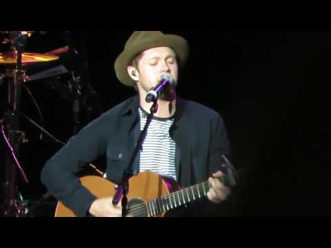Niall Horan - Issues - Julia Michaels Cover (98.7 AMP Live Detroit)