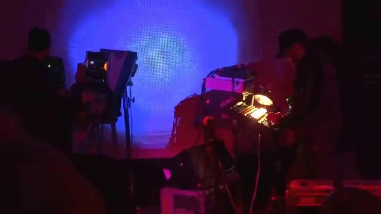 Download Daniel Lanois - Flesh and Machine Tour part 2