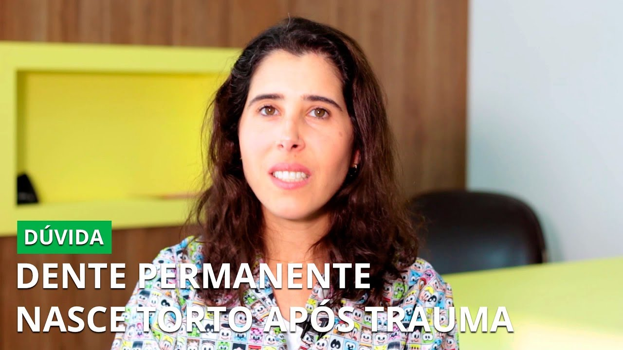 Dente Permanente Nasce Torto Apos Trauma Youtube